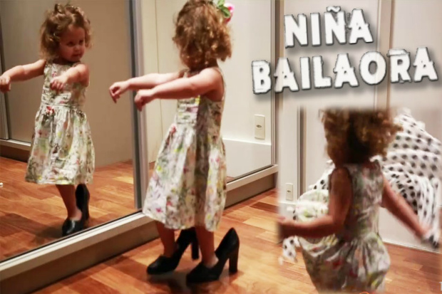 Ця дівчинка танцює фламенко як бувала танцівниця, хоч і вмінь їй трошки бракує. Впевнені, своє вона ще надолужить! Повідомляє сайт Наша мама.