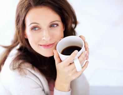 Вчені стверджують, що кожні 100 міліграмів кофеїну в день, що надійшли в організм вагітної жінки з будь-яких джерел - кави, чаю, енергетичних напоїв,