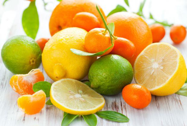 ВООЗ вже більше 15 років тому заборонили споживання синтетичних вітамінів. Нові дослідження продемонстрували, що надмірна доза вітаміну А навіть прово