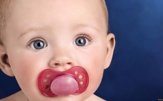 Більшість лікарів рекомендують це робити у віці 6-9 місяців.