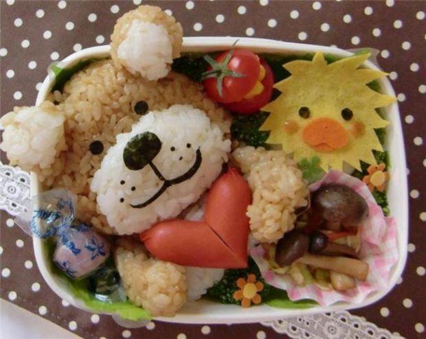 Дитина, що страждає поганим апетитом, часто хворіє. Тому цій проблемі має приділятися якомога більше уваги.Чому ж дитина погано їсть?