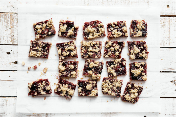 oatmeal-jam-bars_0004.jpg (182.37 Kb)