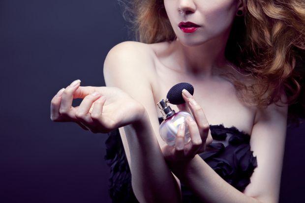 Продовжити життя парфуму практично на весь день цілком реально. Досить знати кілька важливих правил.