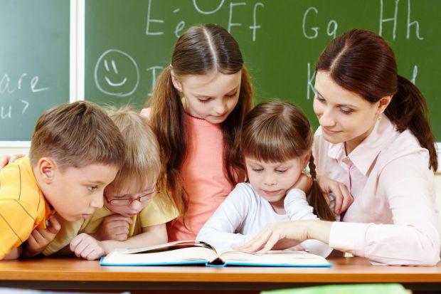 Сегодня родители столкнулись с катастрофической проблемой потери интереса детей к чтению. Виновниками такого положения вещей единодушно были признаны