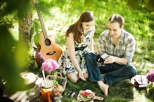 picnic-style-engagement-04.jpg (76.66 Kb)