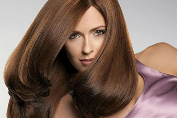 Иметь красивые и густые волосы, длинную и пышную шевелюру мечтает каждая представительница слабого пола. Ведь как говорится в старой пословице: «Коса