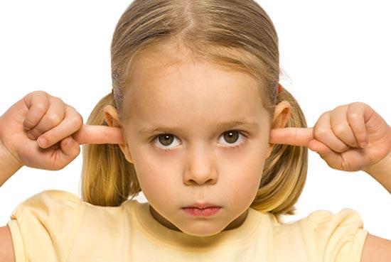 Важливим є період раннього та дошкільного віку - від 0,8 до 4 років. Протягом цього відрізку часу дитина опановує основні закономірності мови.