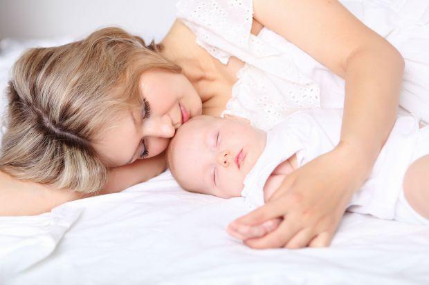 Якщо і ви спите разом, варто переглянути цю звичку. Повідомляє сайт Наша мама.