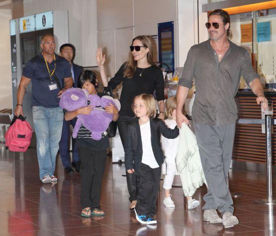 Пара приїхала у Японію разом із дітьми.