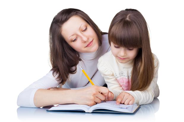 Для батьків їх чадо завжди найкраще - розумне і розвинене. Ще й сусідка, як на зло, веде свого малявку в перший клас, а ми чим гірші?