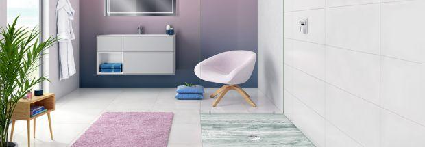 К счастью, прошли те времена, когда ванные комнаты с розовой плиткой и подобранными в цвет розовыми раковинами, воспринимались, как банальный и просто