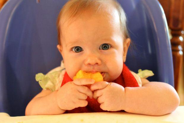 Все, що варто знати мамі про персик у першому прикормі, повідомляє сайт Наша мама.