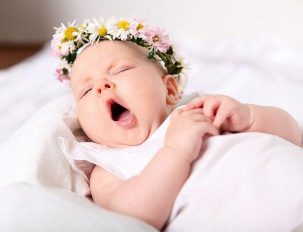 Відомо, що для здоров'я малюка необхідні молочні продукти, а точніше - елементи для кісток і росту дитини: кальцій, магній, білок, вітаміни D і В.