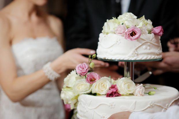 Як же вибрати свій ідеальний весільний тортик – смачний, красивий, від якого всі гості залишаться в захваті?