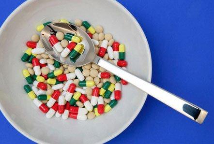 Фахівці стверджують, що 10% ліків, які виробляють в Україні, - підробка.
