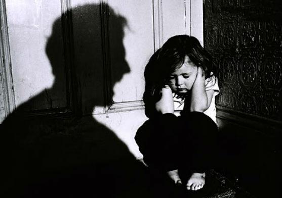 Зв'язок між тілесними покараннями та психічним здоров'ям доведено не раз. Канадські вчені заявили, що діти, яких б'ють, також страждають на хронічні х