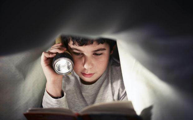 Сегодня, из-за компьютеров, планшетов, мобильных телефонов и других гаджетов, многие дети страдают от потери зрения, болезненных ощущений и дискомфорт