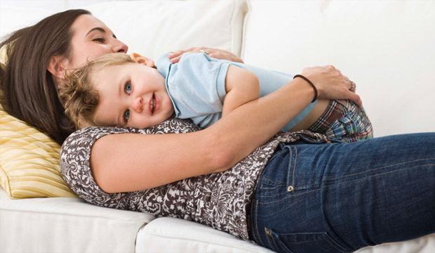 Психологи запевняють, що жінкам, які хочуть завагітніти, варто уникати стресових ситуацій та побільше гуляти на свіжому повітрі.Оскільки постійні стре