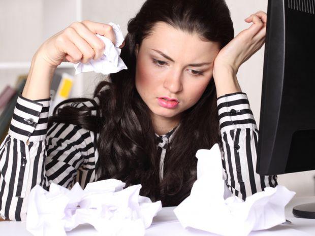 Дослідники стверджують, що за своє життя людина, в середньому, виплакує відро сліз. А наскільки корисно чи шкідливо плакати?