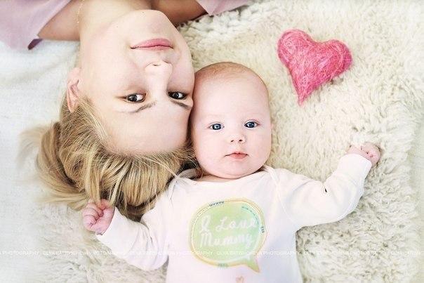 Не рідко трапляються випадки, коли малюк чудово розвивається і чудово себе почуває, але, при цьому, йому значною мірою не вистачає кальцію. Чому так в