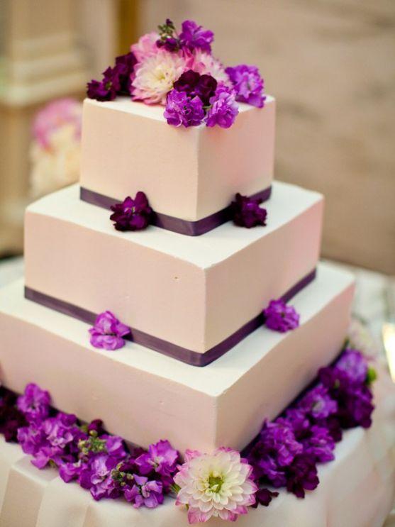 Весільний торт - найочікуваніший десерт всієї церемонії. Тому дуже важливо подбати про те, аби він був свіжим. Відтак, якщо Ви сьогодні забрали весіль