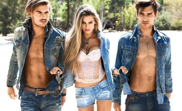 Як кажуть знавці, до нас повертаються джинсові куртки. До того ж, першими цей тренд